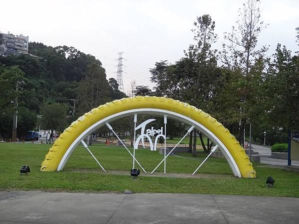 DSC01895.JPG