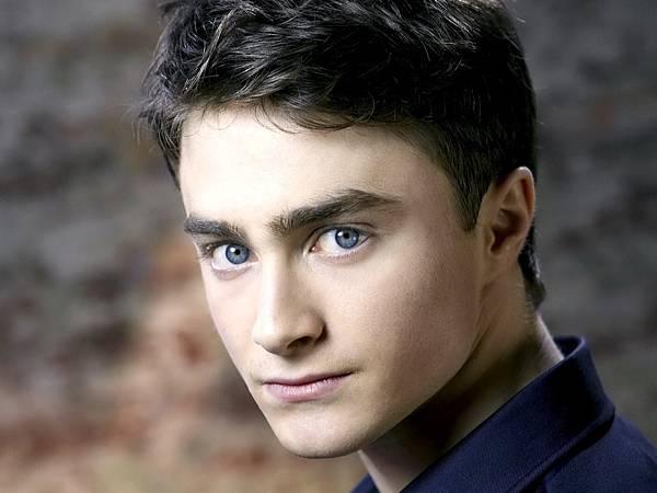 guy-daniel-radcliffe-look-face-eyes-harry-potter