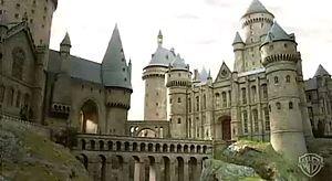 300px-Hogwarts-1-
