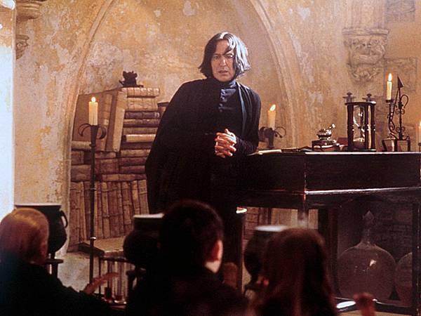Severus-Snape-Wallpaper-severus-snape-32902367-1024-768