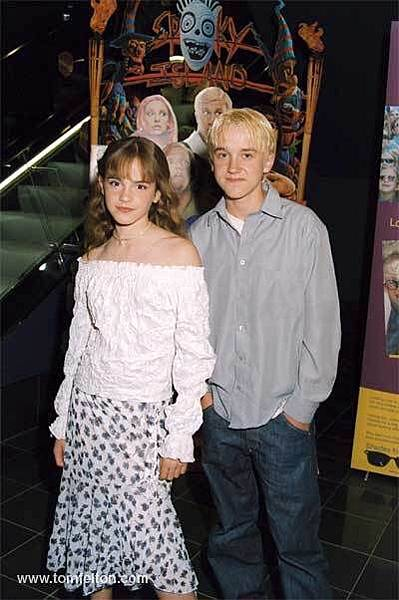 Tom-and-Emma-3-tom-felton-and-emma-watson-7851917-400-602