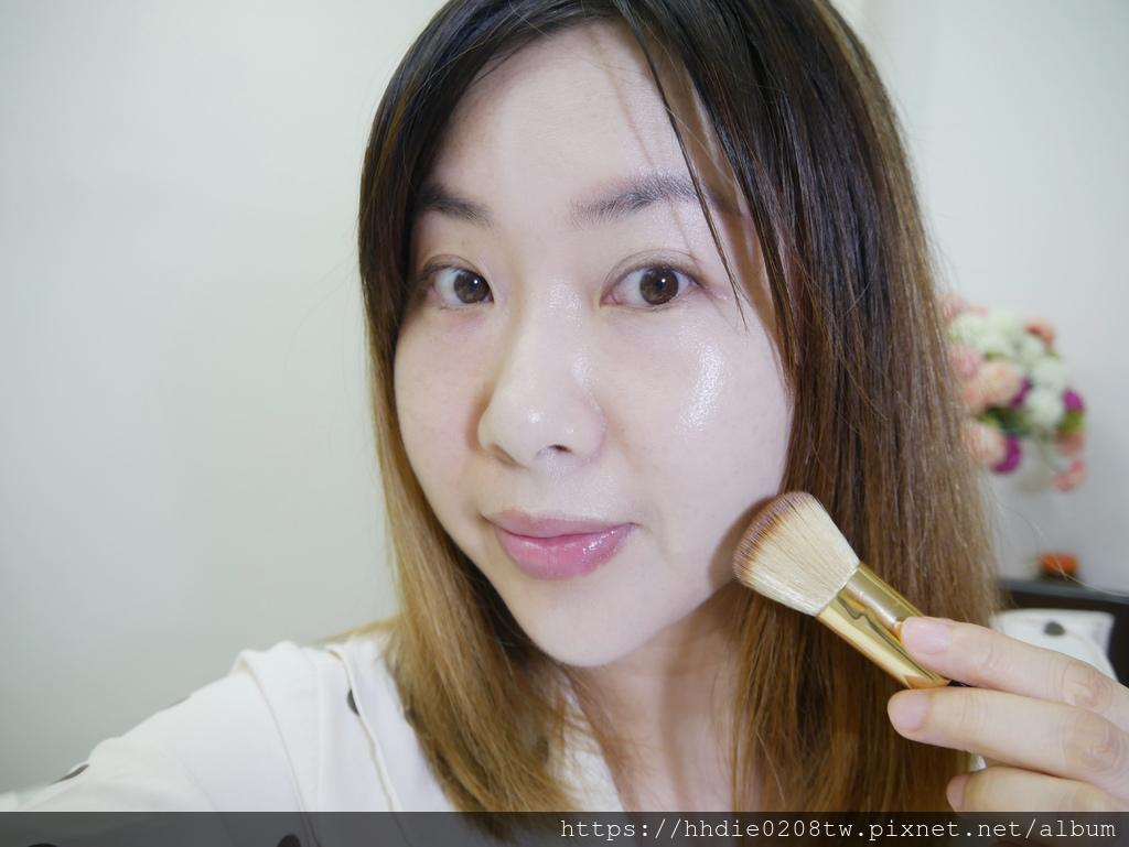 DR.CINK水微滴絕美妝容粉底液 +蜜粉 (41).jpg
