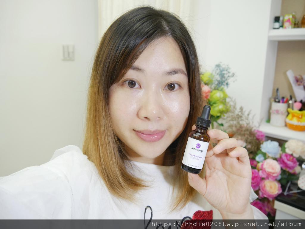 10%白藜蘆醇凍齡精華 (9).jpg