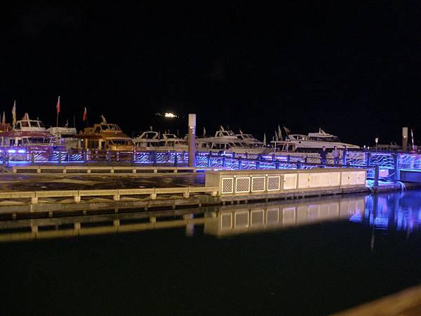 夜碼頭.JPG