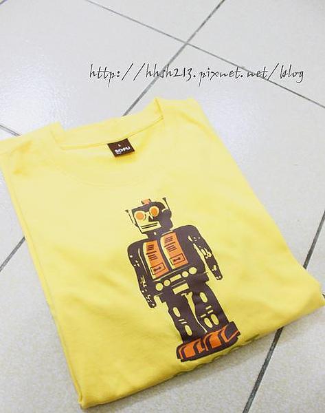 黃色&機器人的奇妙對比.jpg