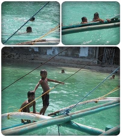 0602-32-爬上螃蟹船的小朋友.jpg