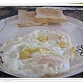 0603-1-很遜的第一天早餐.jpg