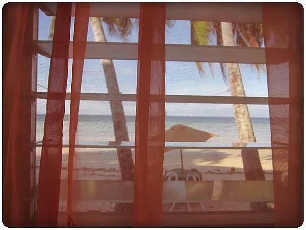 0609-1-房間的窗外.jpg