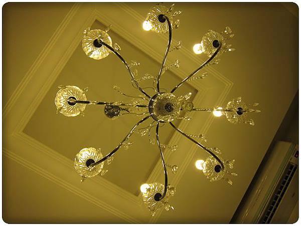 0716-34-吊燈.jpg
