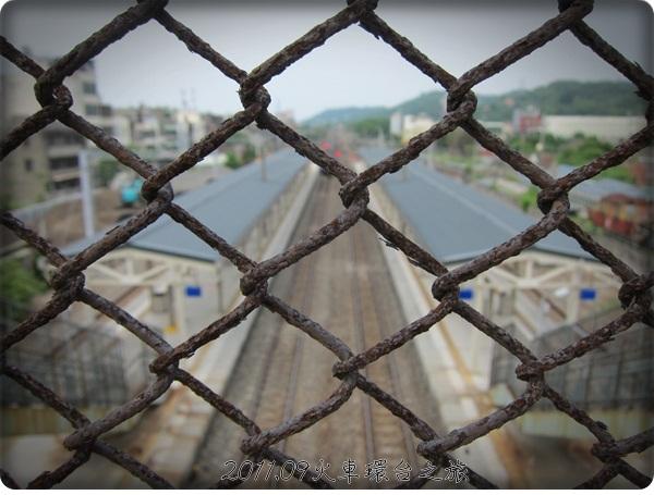 0901-49-香山車站的軌道.jpg