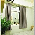 TOMER-12-床與窗簾2.jpg
