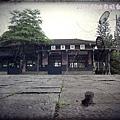 0906-7-竹田站舊建築前面的廣場.jpg