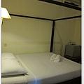 106-32-IDA HOTEL.jpg