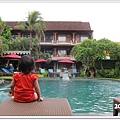 107-6-ida's swimming pool.jpg