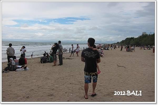 107-70-kuta beach.jpg