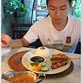 109-55-WAYAN CAFE.jpg