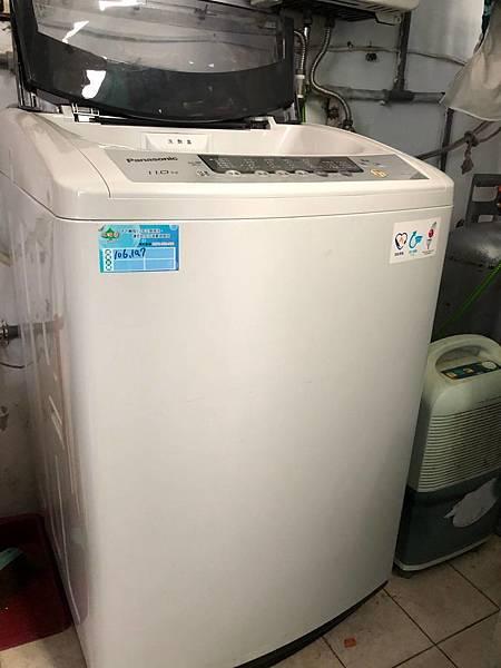 2.洗衣機外貌