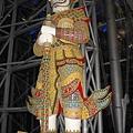 曼谷機場的神像