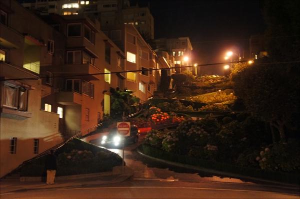 1011-19-夜晚的花街.JPG