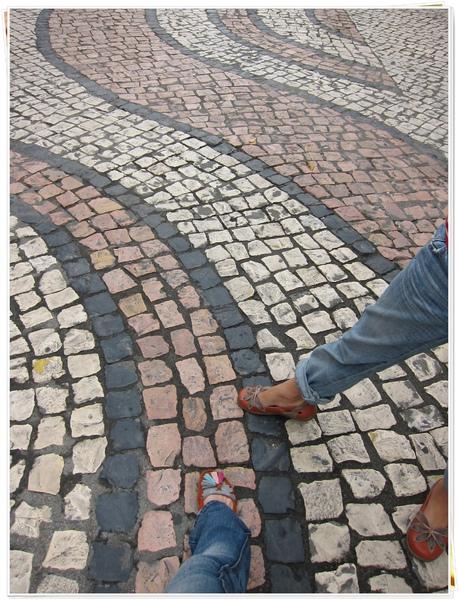 1213-8-媽祖廟旁的路.JPG