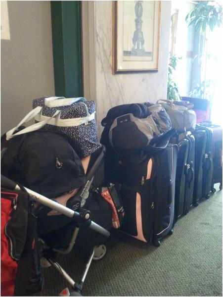 1014-1-我們全部的行李.jpg