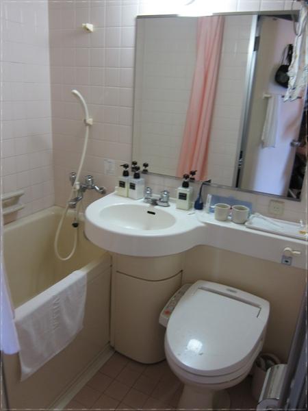 1015-2-房間內的廁所.JPG
