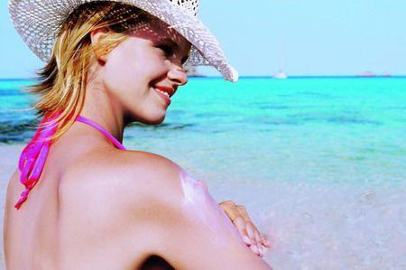 雷射斑紋紅寶石雷射黑色素術後保溼防曬抗UV療程11.jpg