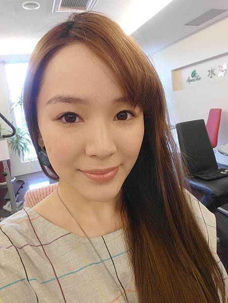 美麗晶華 陳志龍醫師 杏仁酸換膚 r-PGA高效保濕導入 皮膚乾燥 肌膚問題 敏感型肌膚 保濕 乾燥 -011