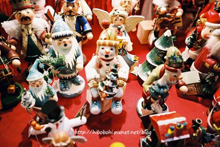 這裡有期間限定的聖誕專區,商品都精緻的讓人很想下手。
