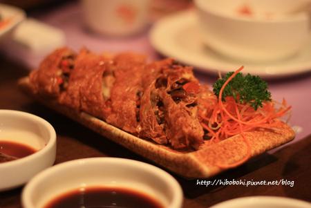 晚上與朋友吃花滿樓‧四川料理。