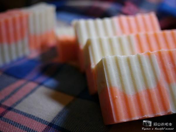 甜杏蜂蜜乳果皂019-wm