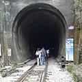 隧道入口.jpg