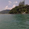 船上看帆船飯店.jpg