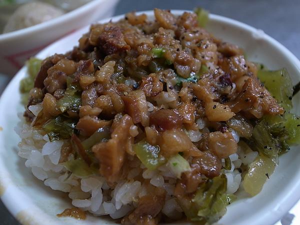 肉燥飯.JPG