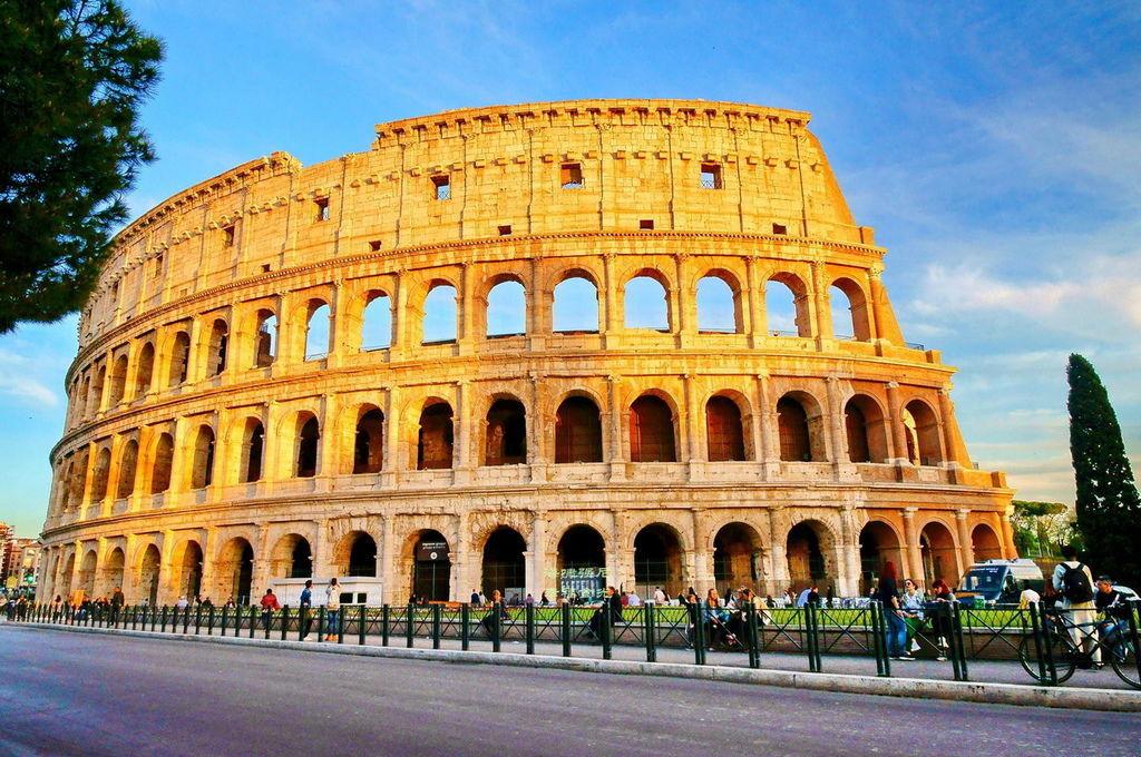 Colosseum1.jpg