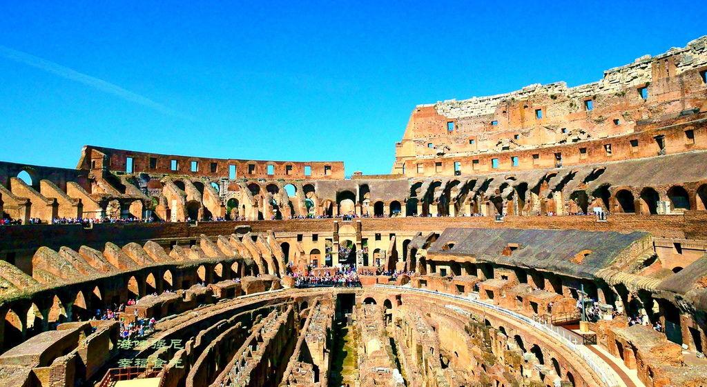 Colosseum5.jpg