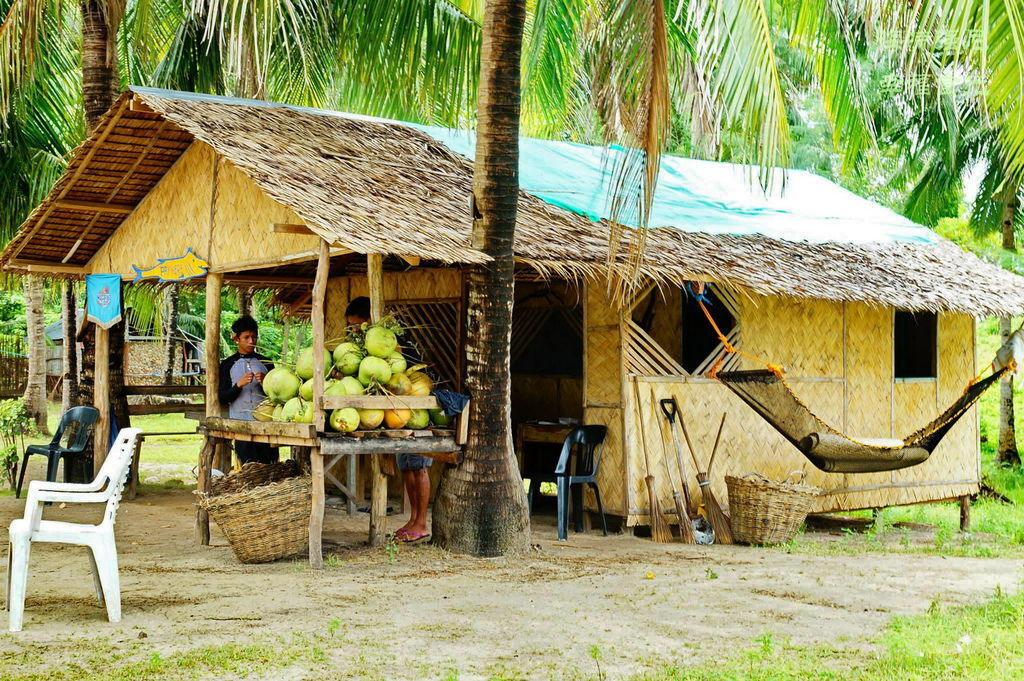 Malcapuya Island 2.jpg