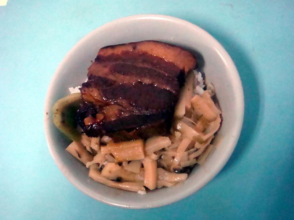 金鋒滷肉飯1.JPG