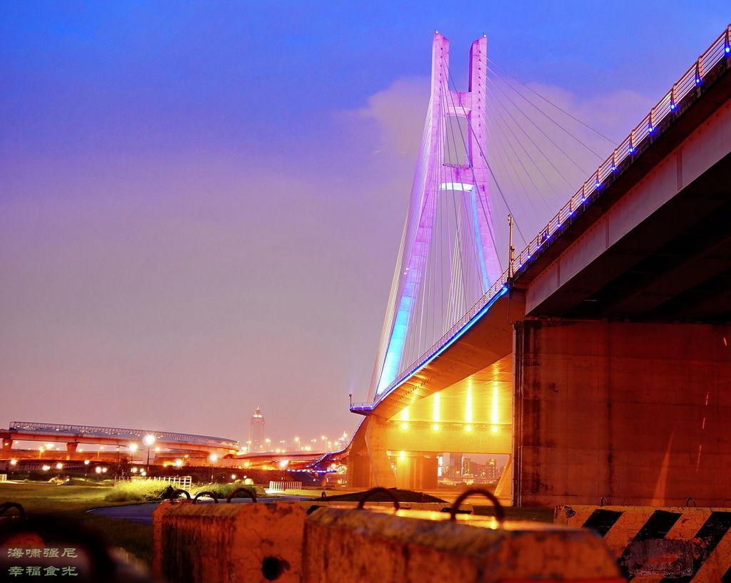 新北大橋1.jpg