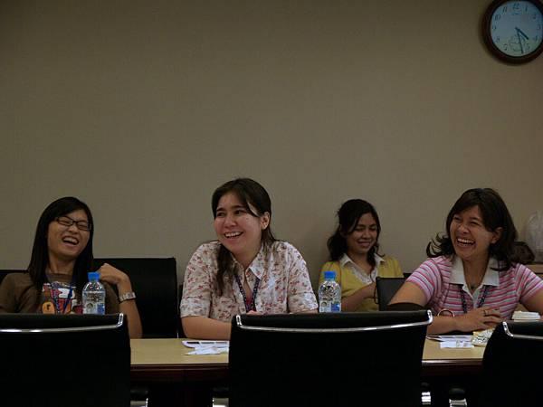 參訪軟體協會,Nane、Anna分享印尼的相似案例_resize.JPG