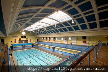 Newcastle-City-Swimming-Pool.jpg