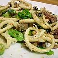 Brezel con Salsiccia e Broccoli