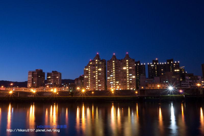 大直橋(夜晚)