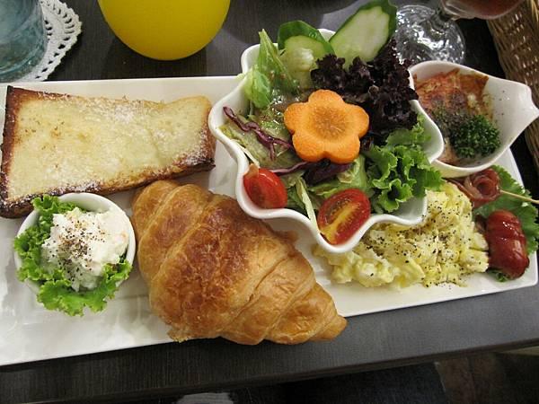 超級豐盛的早午餐
