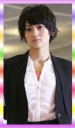 2014年假面騎士鎧武–湊耀子(假面騎士瑪莉卡).jpg