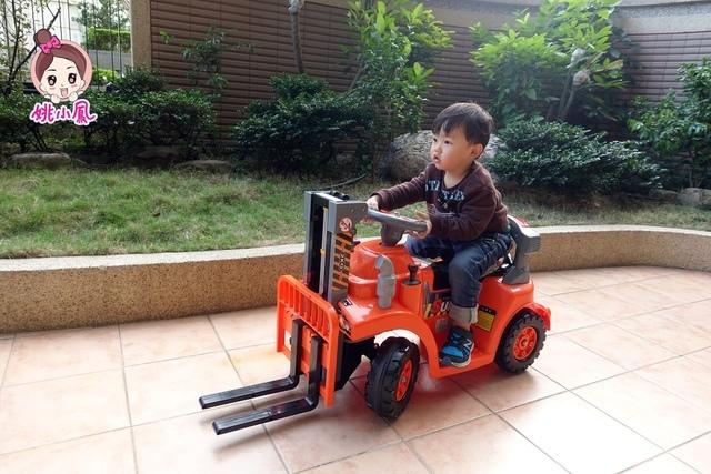 DSC03068.JPG - 兒童電動車-工程車-堆高機-姚小鳳平台(官方介紹)