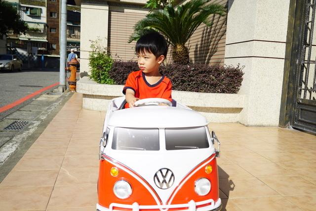 DSC03756.JPG - 兒童電動車VW T1 福斯麵包車-姚小鳳平台(官方介紹)