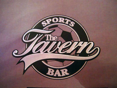 the-tavern-sports-bar01.jpg