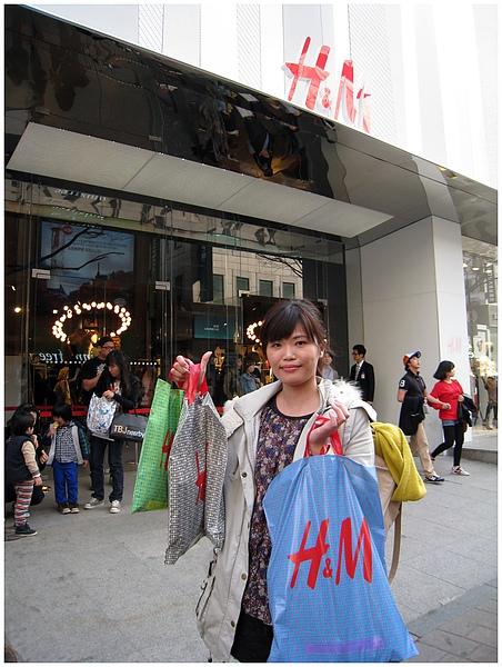 大豐收 (!?) 其實只有那個綠色小袋子是我的啦!!!