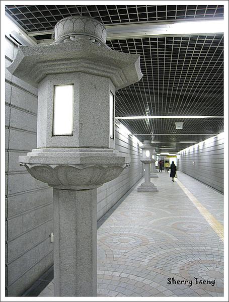 通往景福宮的地下道